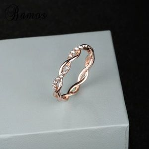 💕Rose Gold dainty ring